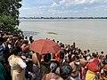 Tarpan or Tarpana ritual - Gopal Ghat in Kolkata 01.jpg