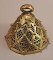 Tartus, campanella d'oro lavorata a traforo, 390 dc ca.JPG