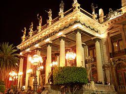 http://upload.wikimedia.org/wikipedia/commons/thumb/3/30/Teatro_Juarez.jpg/256px-Teatro_Juarez.jpg
