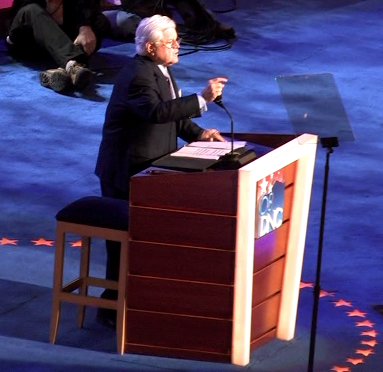 Ted Kennedy 2008 DNC (2893908851) (cropped1)