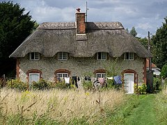 Thatched cottages, Codford St Mary - geograph.org.uk - 951532.jpg