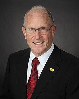 Bob Hall (politician) American politician