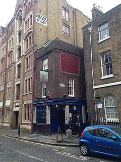pub in Wapping, London