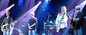 Thunder (band) - Image: Thunder live wolverhampton 2006
