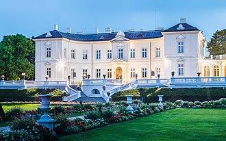 Palanga - The Tiškevičiai Palace houses the  Amber Museum
