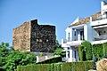 Torre Estéril, junto a urbanización en Benahavís.jpg