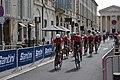 Tour d'Espagne - stage 1 - Trek team.jpg