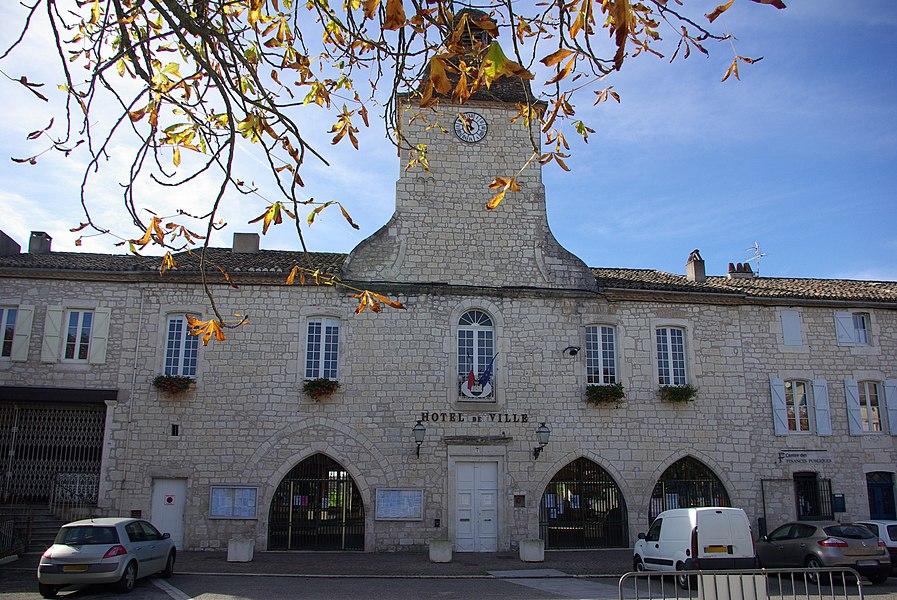 Town hall of Castelnau-Montratier (Lot, France).