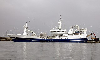 commercial fishing vessel designed to operate fishing trawls