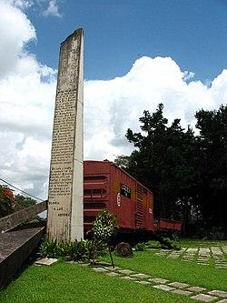 Tren blindado capturado por el Che, hoy convertido en monumento a las afueras de Santa Clara
