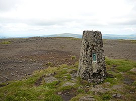 Trig point at summit of Trostan - geograph.org.uk - 642884.jpg