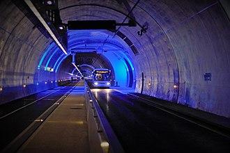 Tunnel de la Croix-Rousse - Image: Tunnel croix rousse modes doux