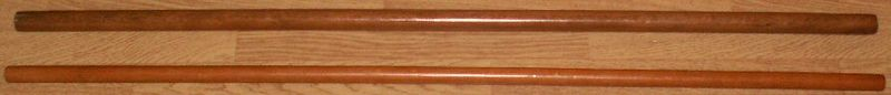 File:Two Jō sticks of different thickness.jpg