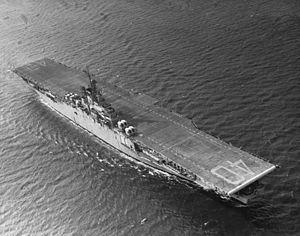 USS Tarawa (CV-40) underway at sea, circa 1948.jpg