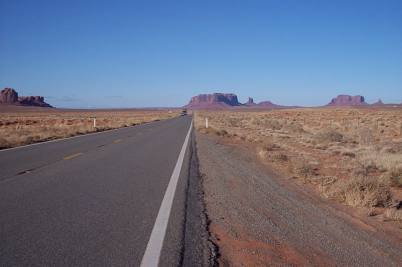 File:US 163 Monument Valley.jpg
