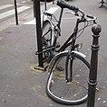 Vélo KO. Paris 11 (7617203536).jpg