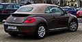 VW Beetle Cabriolet 2.0 TDI 70's Design (II) – Heckansicht, 9. Februar 2014, Düsseldorf.jpg