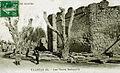 Valréas vestiges des anciens remparts.jpg
