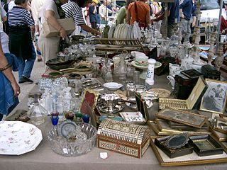 file vide grenier seurre jpg wikimedia commons. Black Bedroom Furniture Sets. Home Design Ideas