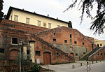 Villa di cerreto guidi, rampe 05.JPG
