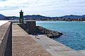 Vista cap al far verd del port de Xàbia.JPG