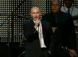 קובץ:Vladimir Putin singing Blueberry Hill.ogv