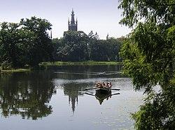 Wörlitzer See mit St. Petri.jpg