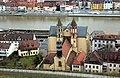 Würzburg, Blick von der Festung Marienberg zur Kirche St. Burkard.jpg