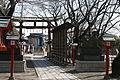 Washinomiya Shrine 7414 torii from inside.JPG