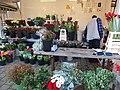 Weekmarkt Heksenwiel bloemenkraam DSCF0838.JPG