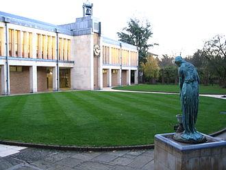 Barton Road, Cambridge - View of Wolfson College on Barton Road.