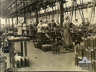 Munitionettes - Munitionettes machining shell cases in the New Gun Factory, Woolwich Arsenal, London
