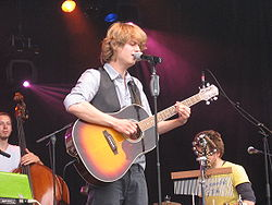 Wouter Hamel and band.JPG