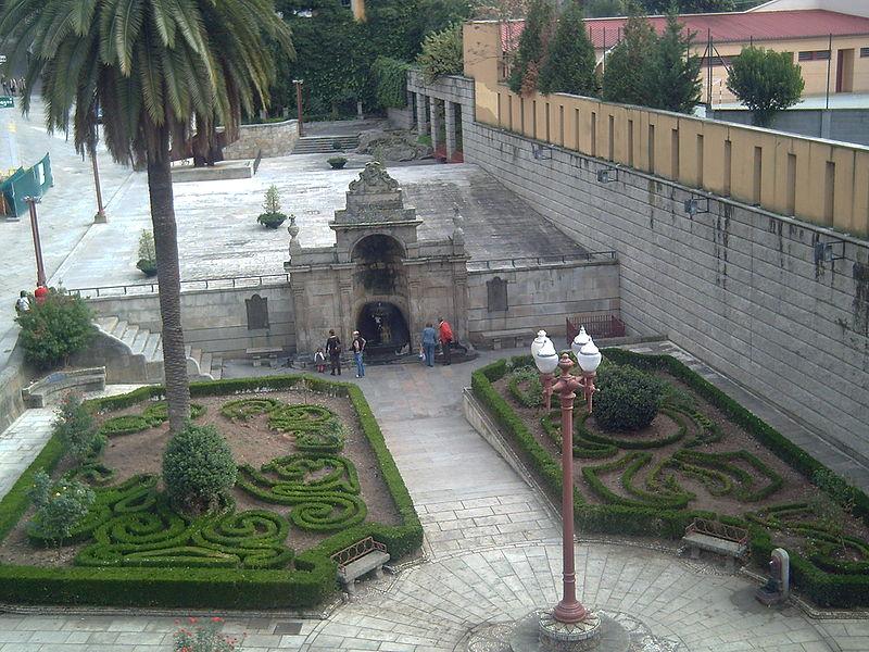 File:Xardíns das Burgas II.JPG