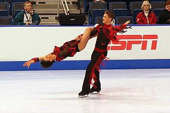 Oceni sliku - Page 3 350px-Zaretski_&_Zaretski_Lift_-_2006_Skate_America
