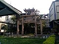 Zhang's Chastity and Filial Piety Memorial Stone Arch Hsinchu 02.jpg