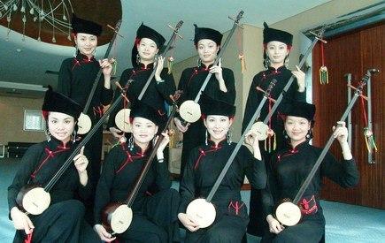 Zhuang's Women Artists in Longzhou