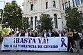 (Foto de grupo) Minuto de silencio por el asesinato de una vecina de Ciudad Lineal.jpg