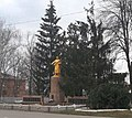 Братська могила радянських воїнів у смт Семенівка.jpg