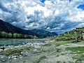 Катунь за околицей Чемала.jpg