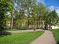 Кронштадт. Коммунистическая 1 (Макаровская) сад и ограда.jpg