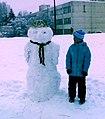 Сніговик на шкільному стадіоні.jpg