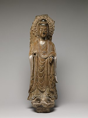 Chinese Buddhist sculpture - Image: 東魏 彩繪石雕佛像殘碑(石灰岩) Buddha (Fragment from a Larger Stele) MET DP170196