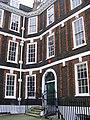 15 Queen Anne's Gate - geograph.org.uk - 1142453.jpg