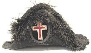 Beaver hat - Image: 1800s Masonic Knights Templar Beaver Fur Chapeaux Hat