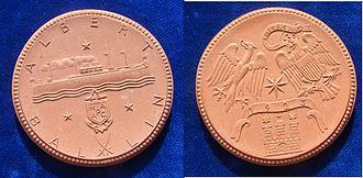 SS Albert Ballin - 1923 Commemorative Porcelain Medal for the Maiden Voyage of the SS Albert Ballin from Hamburg to New York via Southampton.