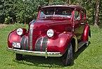 1939 Pontiac Deluxe Six 4-Door Sedan Type 26.jpg