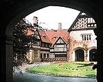 19720420801NR Potsdam Im Neuen Garten 11 Schloß Cecilienhof.jpg