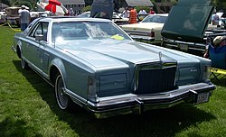 1978 Lincoln Mark V Diamond Jubilee.JPG