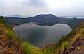 1 taal volcano crater lake 2011.jpg